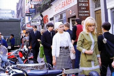 35 Carnaby Street 1960's b.jpg