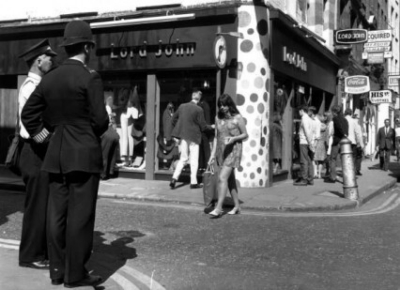 43 Carnaby Street 1967 July.jpg
