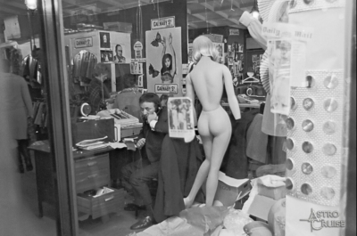 Carnaby Street 1966.jpg
