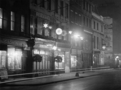 26-27 Dean Street 1935.jpg