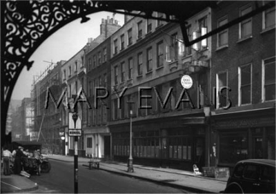 26-28 Dean Street 1947.jpg