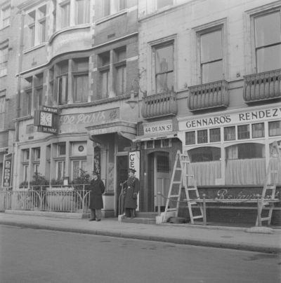 43 Dean Street 1947 - Restaurant de Paris.jpg
