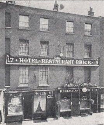 17-19 Old Compton Street 1902.jpg