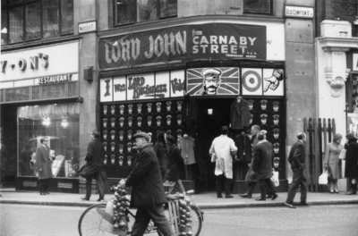 54 Wardour Street 1967 February - corner Old Compton Street.jpg