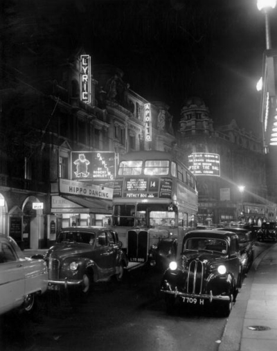 Lyric theatre Shaftesbury Avenue 1954 September.jpg